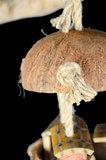 Papegaaienspeelgoed cocosnoot 2